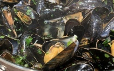 James Martin's moules mariniére